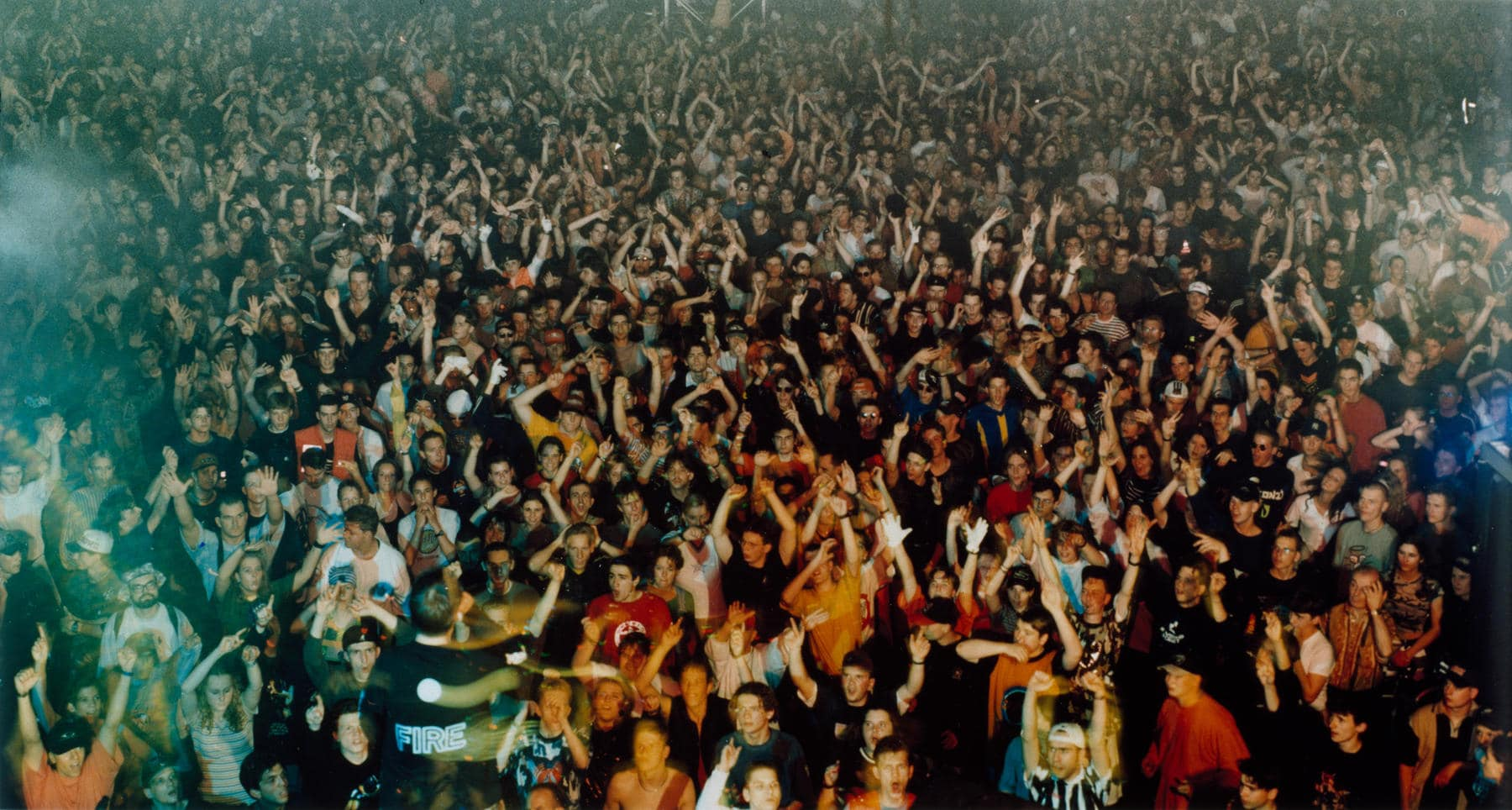 Photo: Union Rave 1995 by Andreas Gursky